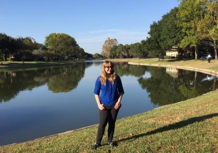 A walk at the lake